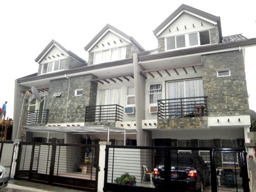 Kingspoint quezon city townhouse for Nyc townhouse with garage